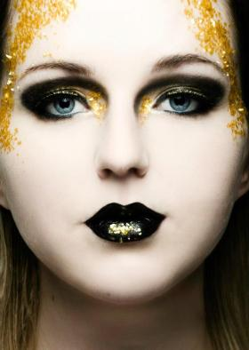 All That Glitters Model Vikky David Photographer Joe Prileszky Retoucher Charis Talbot
