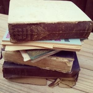 AmaranthAlchemy_old_boooks_broken_books