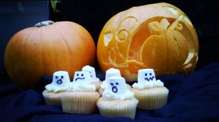 Pumpkins and ghost cakes © Lisa Shambrook