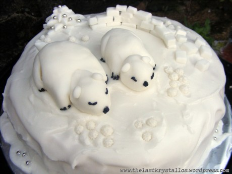 Polar-Bears-Christmas-Cake-the-last-krystallos-2009-close