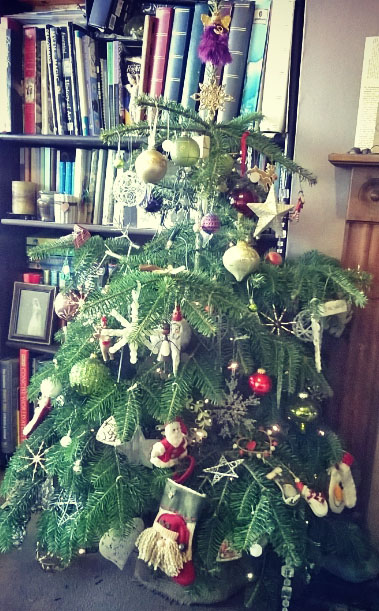 real-christmas-tree-the-last-krystallos-2015