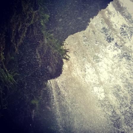 beneath-waterfall-swgd-eira-the-last-krystallos