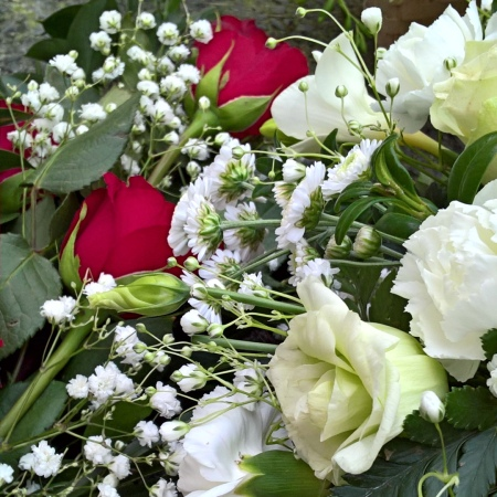 funeral-flowers-the-last-krystallos