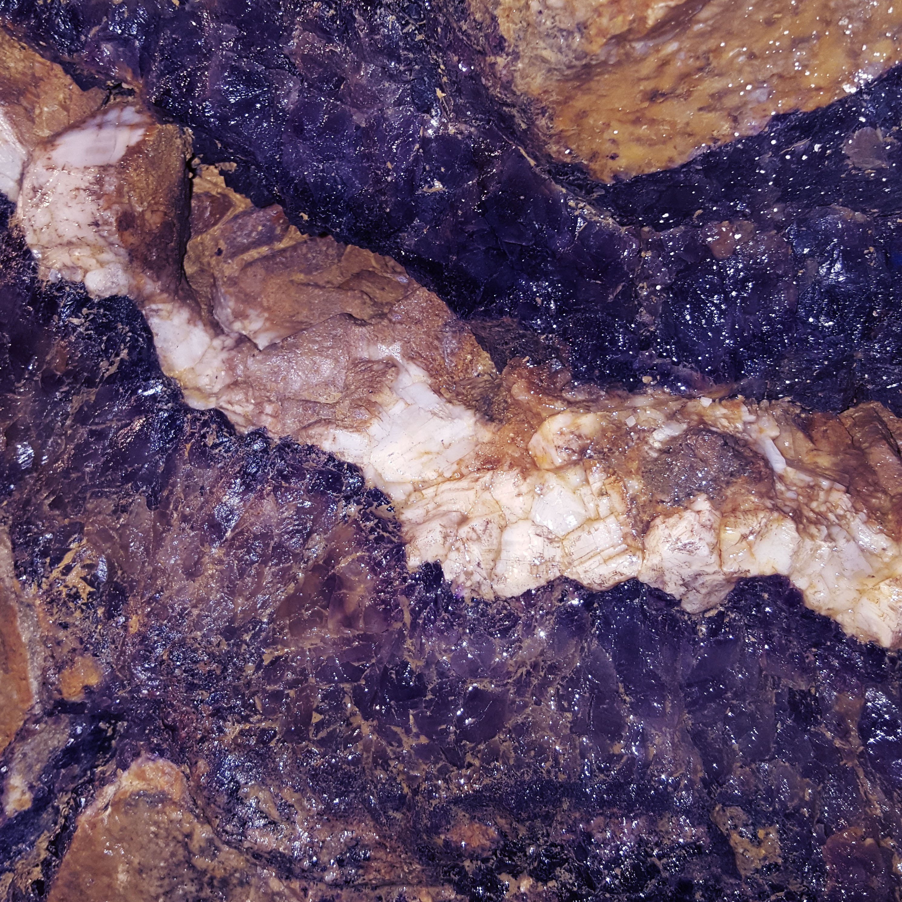 Treak Cliff Cavern - Castleton - Blue John Vein - The Last Krystallos