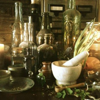 The Apothecary's Art © Lisa Shambrook