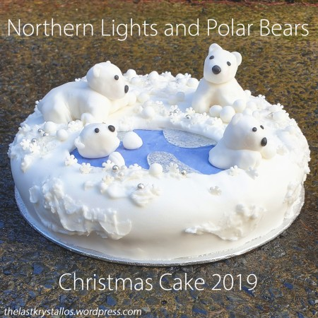 Northern Lights and Polar Bears Christmas Cake 2019 - The Last Krystallsos